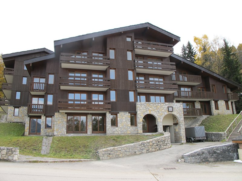 Appartement*** vue Mont Blanc 5/9 personnes Les Coches La Plagne, holiday rental in Les Coches