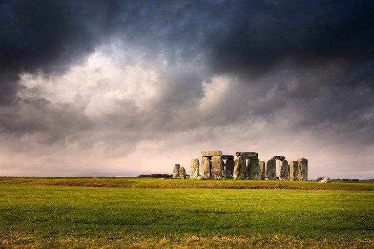 Be inspired-Stonehenge and Salisbury Plain.