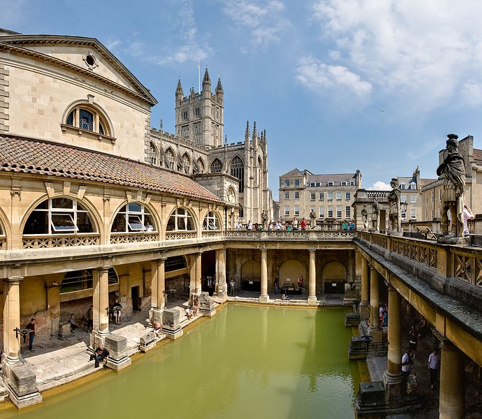 A visit to Bath is less than an hour away.
