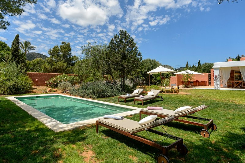 Charming Ibicencan villa with private pool