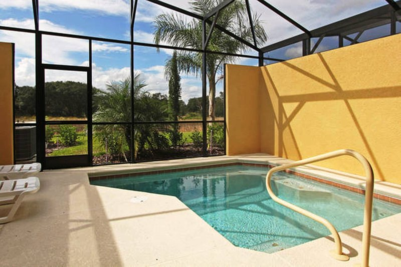Private pool and lanai with no rear neighbors. On conservation.