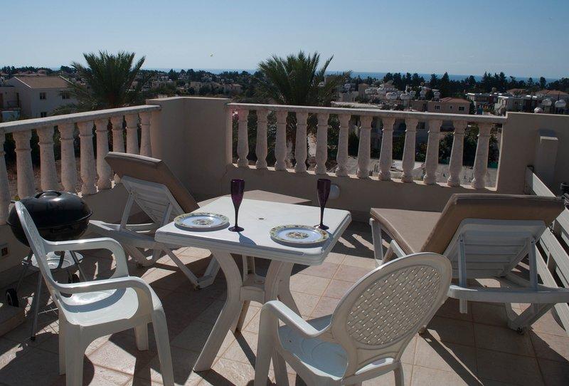 Apartamento terraza con vistas a Paphos.