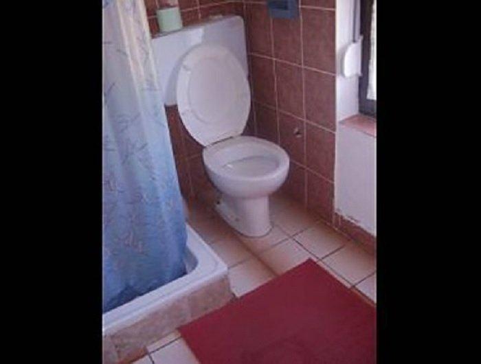 A4(5): bathroom with toilet