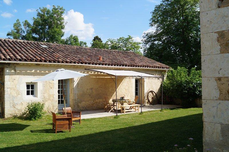 Le Gavachon - Gite Rural 5 couchages, parc 15 ha avec piscine et tennis, location de vacances à Mauvezin
