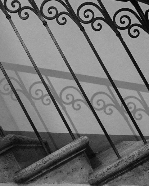 """Barandilla - Palazzo interior - """"Crédito de la imagen: Cindy Ryan"""""""