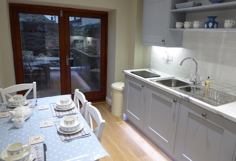 Great location, lovely late Georgian, Grade II listed, cottage in Alnwick, vacation rental in Alnwick