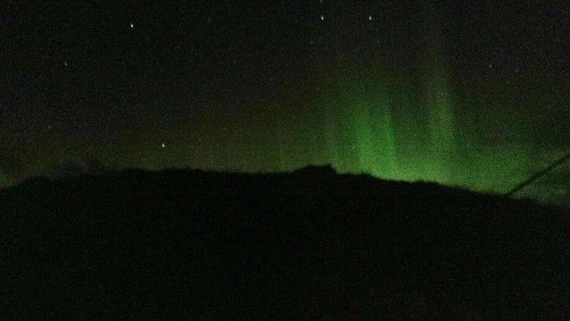 Die erstaunlichen Nordlichter (Aurora Borealis) über Taigh Solas, auf unserem Handy genommen !!