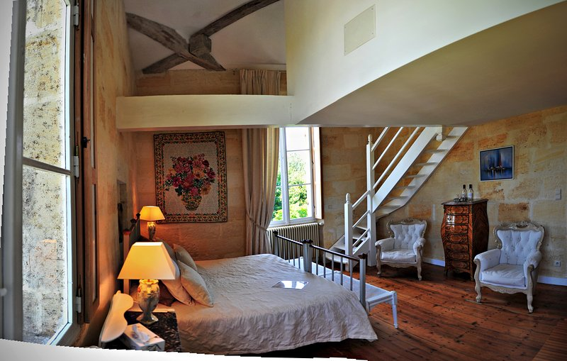 Chambre Blanche, holiday rental in Galgon