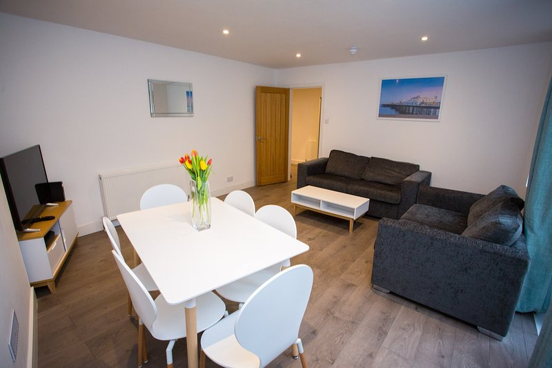Has Patio And Internet Access Rental In Brighton England