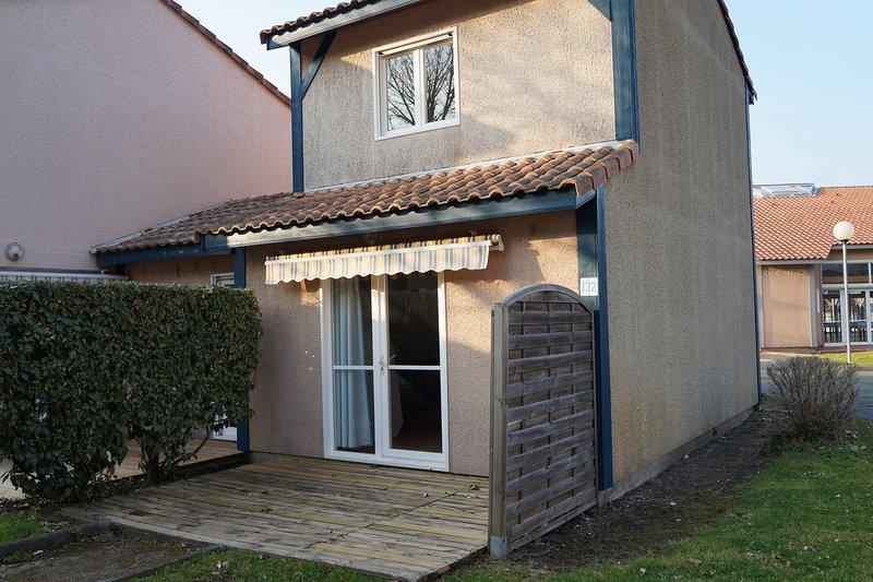 Villas du Lac 132 - Quality 2 Bed Villa near Walking Trails, vacation rental in Vieux-Boucau-les-Bains