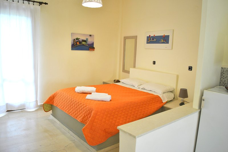 """Βeautiful apartment near the sea """"Diktamos"""", holiday rental in Tertsa"""