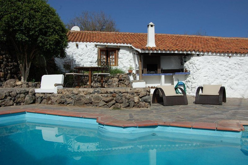 Charming Country house Granadilla de Abona, Tenerife, holiday rental in Chimiche