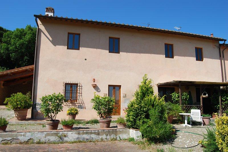 Appartamento Colonica vicino a Firenze, holiday rental in Sammontana