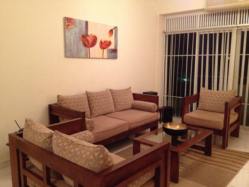 Modern, Clean Beachside Apartment, holiday rental in Ratmalana