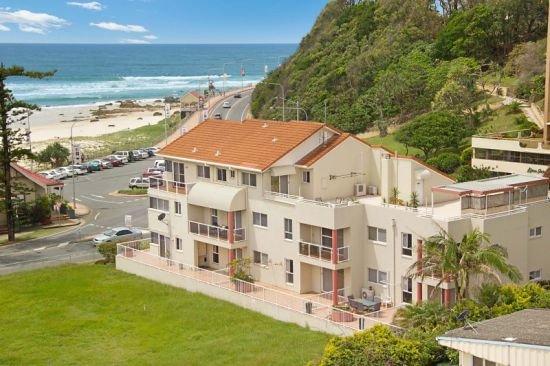 Wave Break Unit 6 - Kirra Point Beachfront, aluguéis de temporada em Tweed Heads