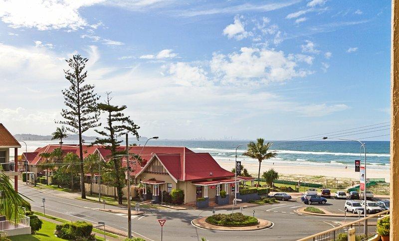 Kirra Gardens 9 - Kirra Point Beachfront, aluguéis de temporada em Tweed Heads