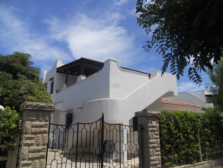 VILLA MUSICA DI MAGGIO alle porte del Salento , Villaggio Costa Merlata, casa vacanza a Costa Merlata