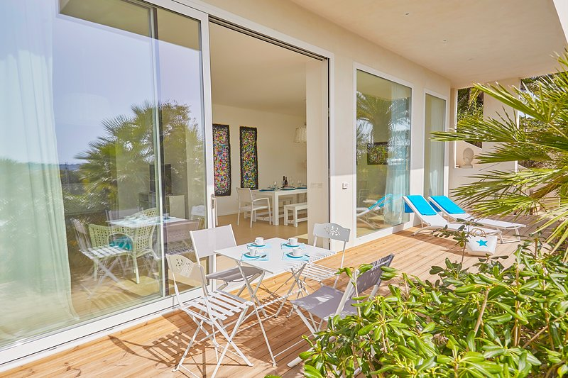 Casa sugli scogli, holiday rental in Fontane Bianche