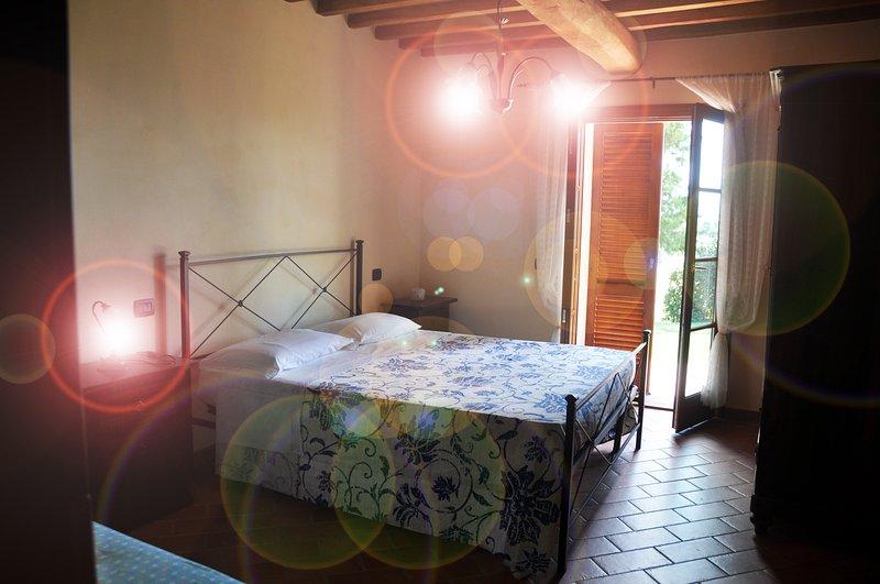 Appartmamento sulle colline pisane a 20 minuti dalla Costa degli Etruschi., holiday rental in Orciano Pisano