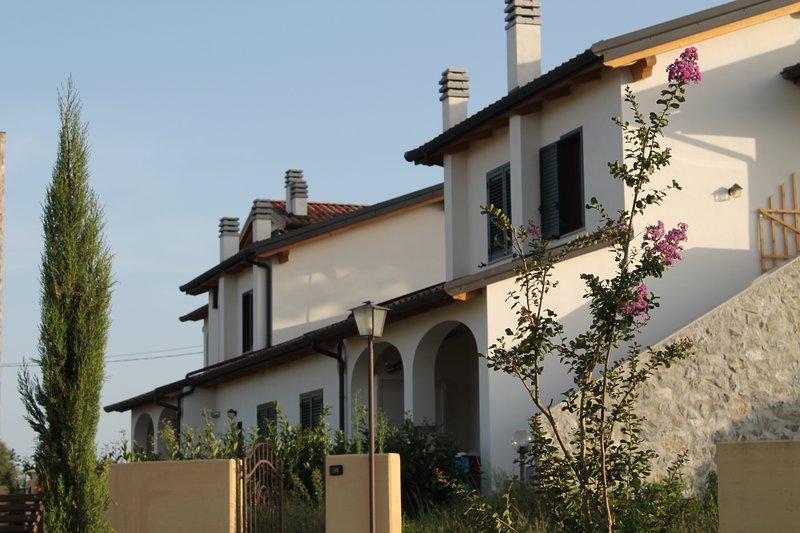 "Borgo Nicoletta Villa ""Sirio"" con terrazza panoramica, alquiler vacacional en Vibo Valentia"