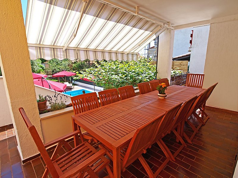 Terrasse pour le petit déjeuner
