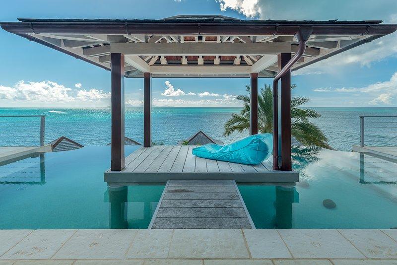 Ver por terraço da piscina
