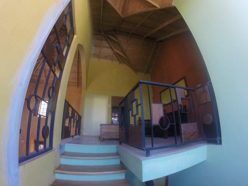 Escalera que conduce arriba