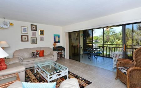 Spacious, Bright and Airy Living and Lanai Areas