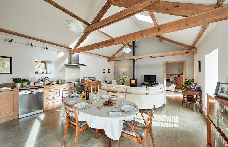 Breaday Gill Luxury Barn Conversion, vacation rental in Hackness