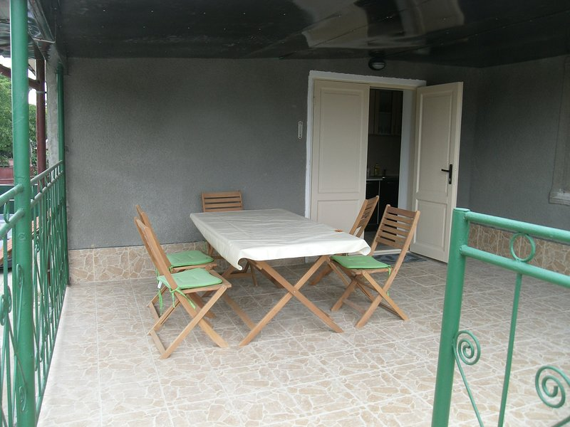 Terrace with private entrance and access to the apartment and views