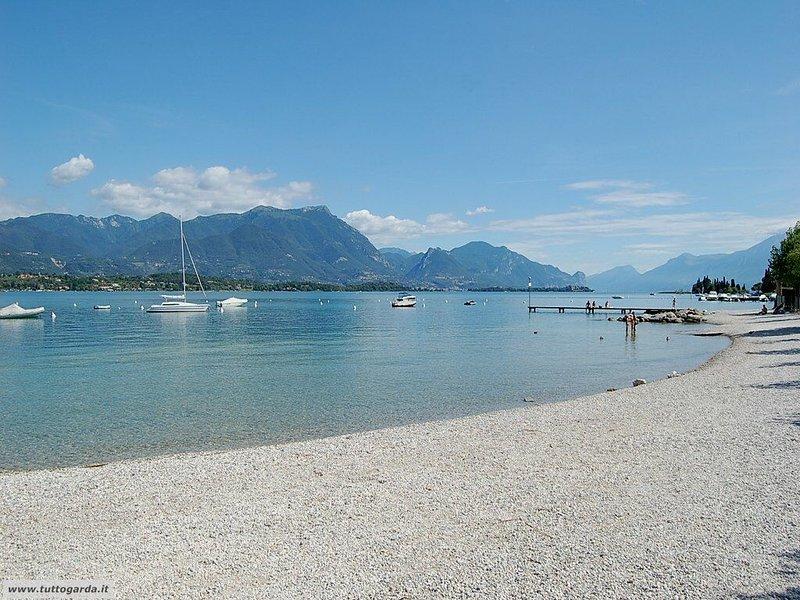 Beach, Lake promenade