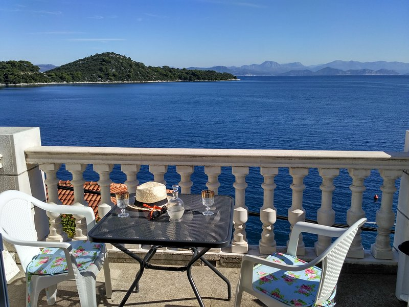 Mljet Central - Place 2 You, holiday rental in Sobra