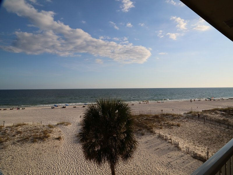 A view west from Southern Sands 305 Balcony!
