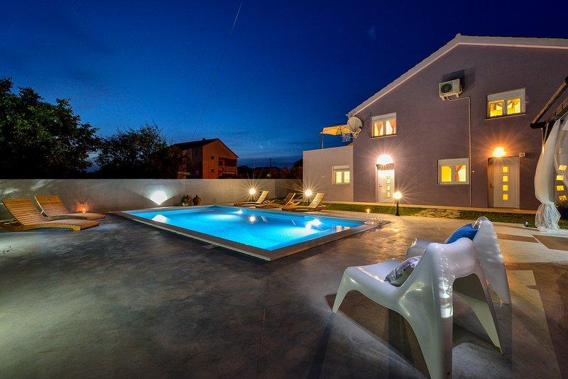 Villa Levante- apartment Levanta 3, location de vacances à Vrsi