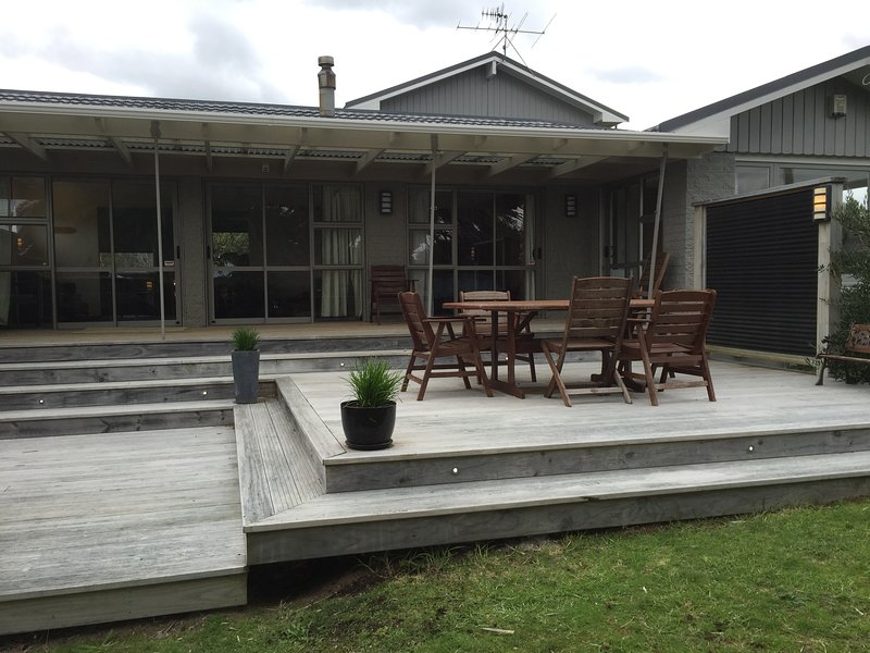 TWIN PALMS, vacation rental in Kapiti Coast