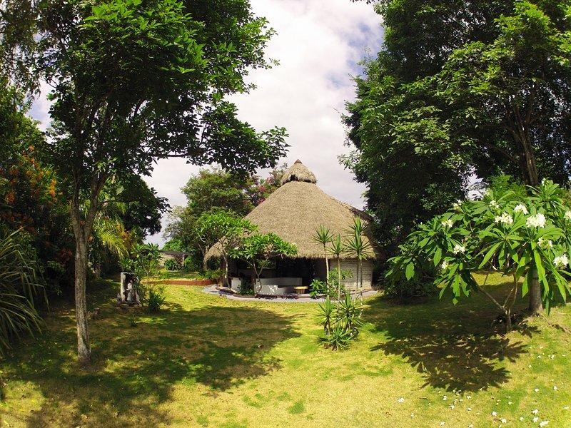 Wanteaone, hospedaje en la playa, 100% entorno natural., holiday rental in Esmeraldas Province