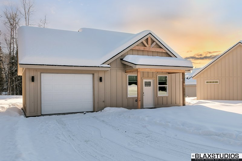 Stoneridge Place - Vacation / Exec Retreat 2Br Gar, vacation rental in Wasilla