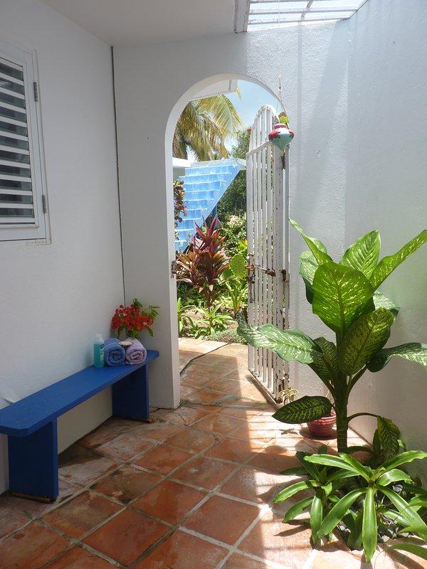 el popular ducha de patio al aire libre