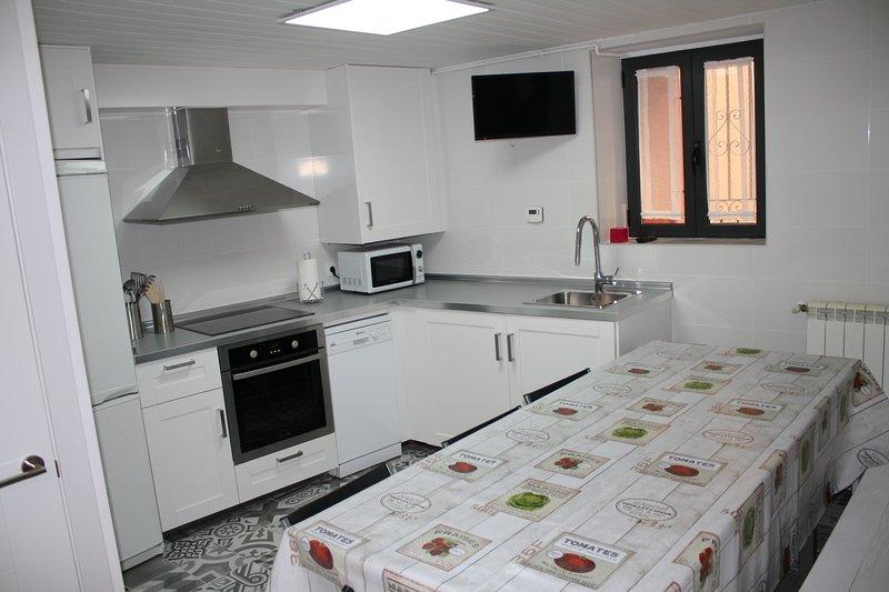 Casa en el centro de Jaca, vacation rental in Jaca