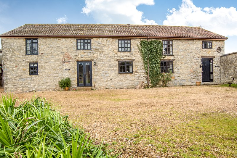 The Old Mill and Granary, sleeps 10-17