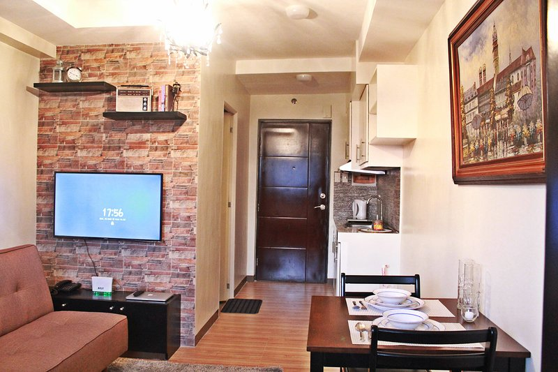 New and fully furnished studio in Quezon City, vacation rental in Marikina
