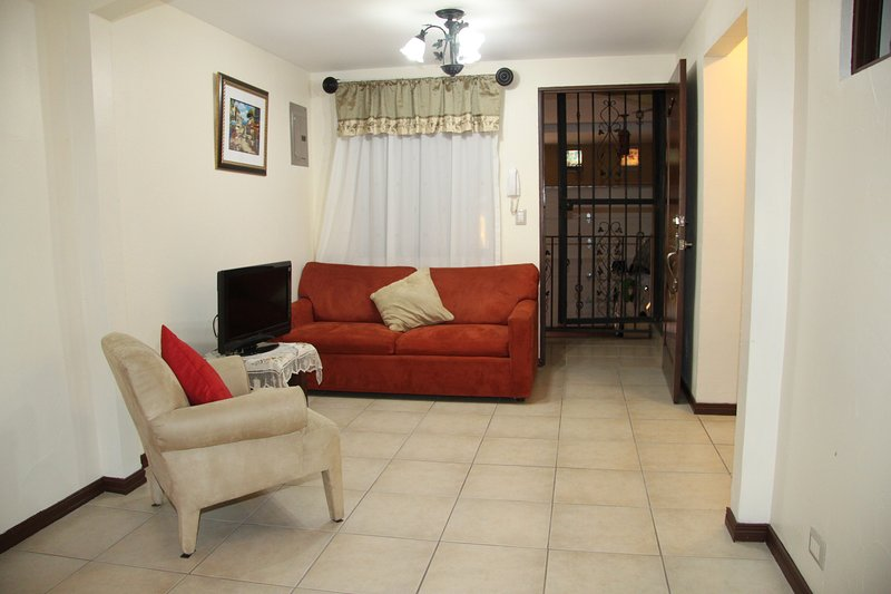 La Casa Descansa (House of Rest), Ferienwohnung in Heredia