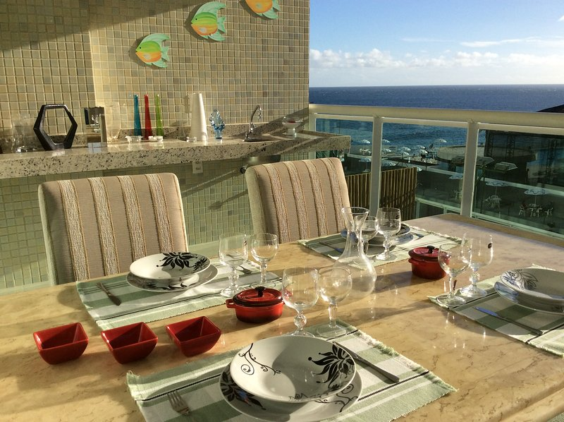 gourmet balcony with sea view