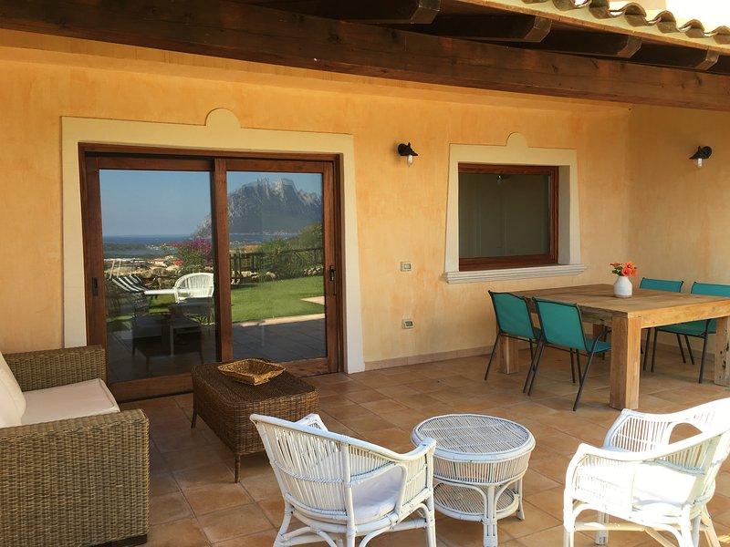 HOUSE  AMBRA, alquiler de vacaciones en Cerdeña