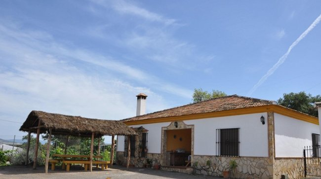 Amazing chalet with swimming-pool, holiday rental in Arcos de la Frontera