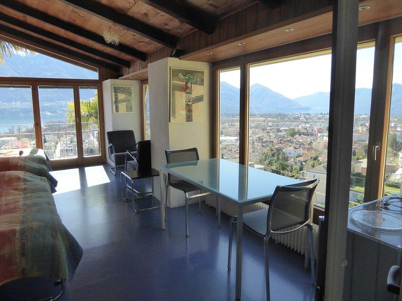 Ferien-Geheimtipp, Glaspalast für 1-2 Erwachsene, casa vacanza a Lago Maggiore