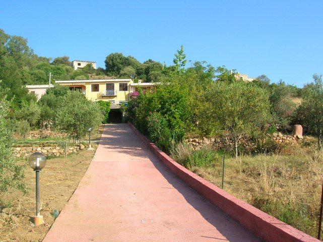 4 BIG APARTMENTS, ONLY 900 MT. FROM THE SEA!!!, holiday rental in Museddu