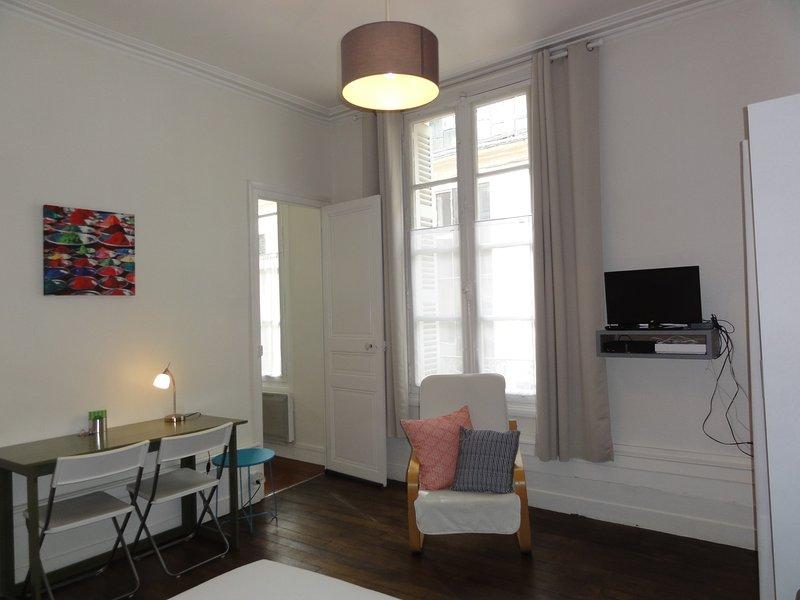 Poitiers Centre studio meublé : 24 m², holiday rental in Neuville de Poitou