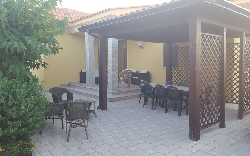 Punta Prosciutto Apartments To Rent 100 mt dal mare, Ferienwohnung in Torre Colimena