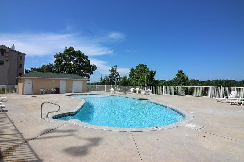 Swimming Pool (Seasonal)